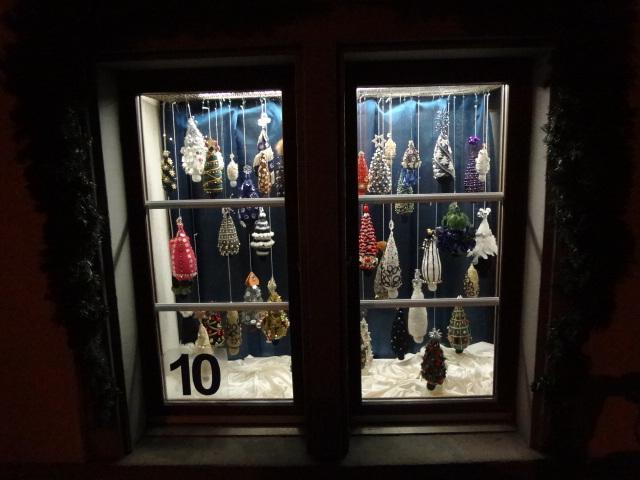Adventsfenster k pfnach - Adventsfenster gestalten ideen ...
